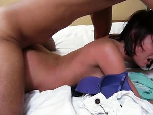 Big Cumshots Across Her Face After Hot Sex