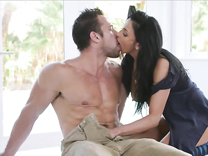 Golfing With A Babe And Banging Her Hot Cunt After