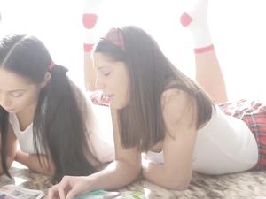 Slender Schoolgirls Laid In An Erotic Threeway