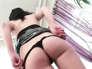 Sweet And Slutty Girl Banged Up Her Asshole