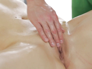 Massages Makes Her Passionate For Great Hardcore Sex