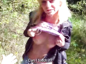 Blowjob In The Grass From A Total Slut