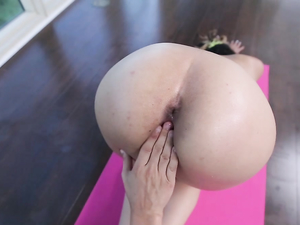 Flexible Yoga Girl Fucked By A Big Dick