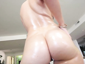 Harley Jade Is The Big Ass Goddess Of Your Dreams